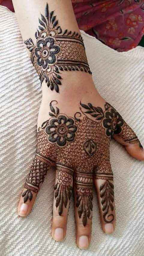 Best floral mehndi designs for back hands