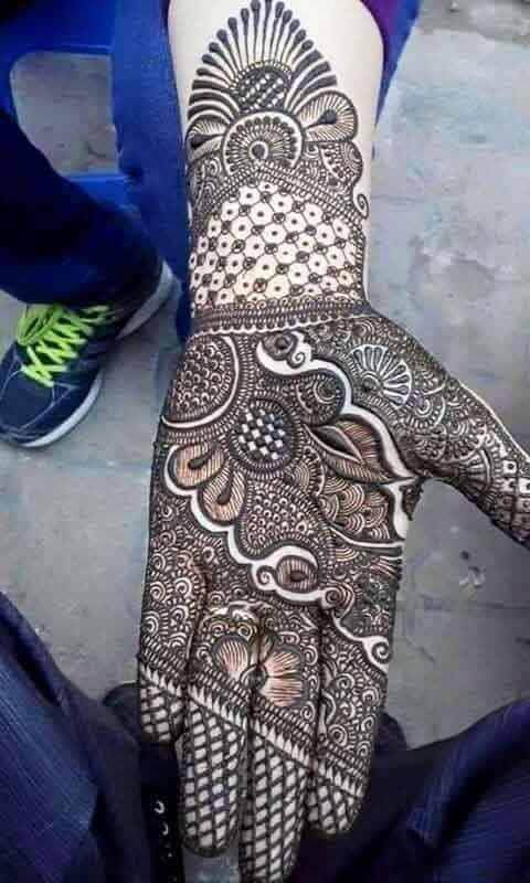 Latest engagement mehndi designs for front hands
