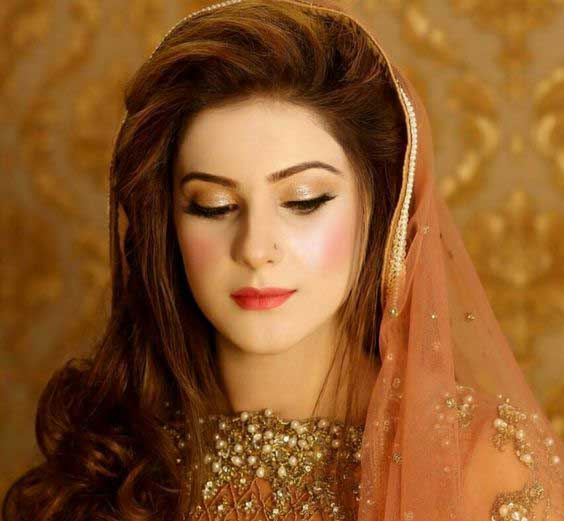 New Hairstyle For Wedding Ceremony: Engagement Makeup For Pakistani Brides