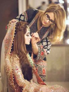 Latest Pakistani engagement makeup for golden dress color combinations