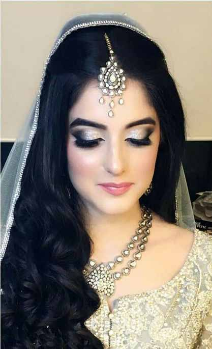 Best Pakistani engagement makeup for grey bridal dress