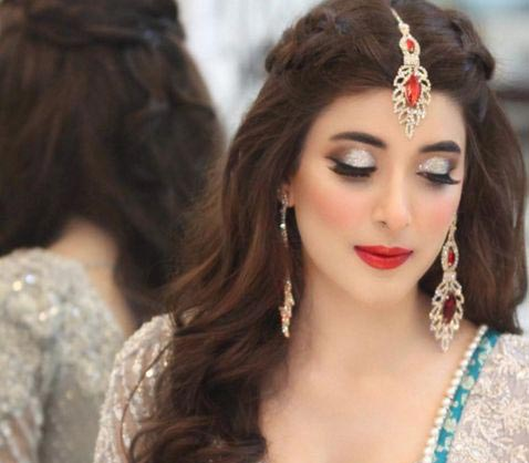 Urwa engagement makeup for ash grey dress