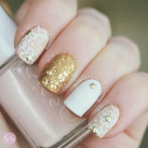 Best golden and white engagement nail art designs