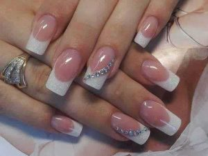 Pearls manicure Pakistani engagement nail art