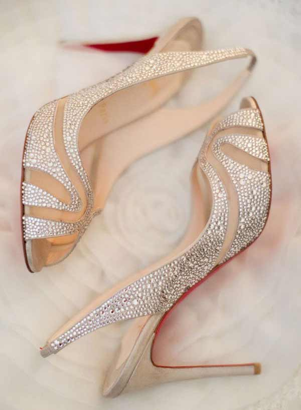 Best bridal heel shoes for engagement brides in Pakistan