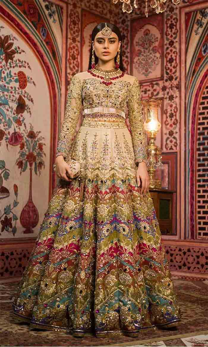 Latest white lehenga choli designs for Pakistani brides
