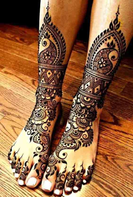 Feet mehndi designs for Pakistani brides