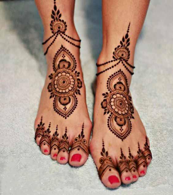 Pakistani bridal feet mehndi ideas