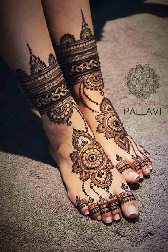 Pakistani Bridal feet mehndi designs