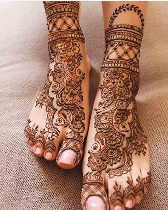 Bridal feet mehndi styles in Pakistan