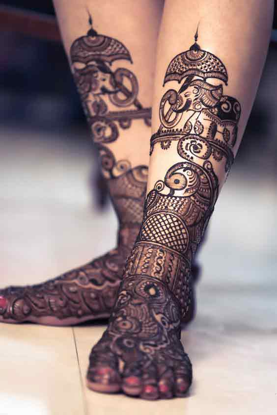 Latest foot and leg mehndi patterns for brides