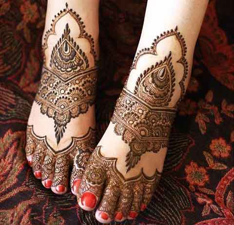 Top foot mehndi designs for brides